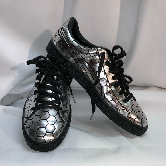 separation shoes e5633 a5ceb Puma Basket Classic Metallic Silver BlkFashion 7.5